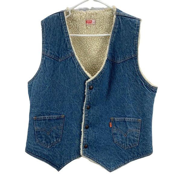 Vintage Levis Sherpa Lined Denim Vest size L Snap Front Orange Tab USA Thick